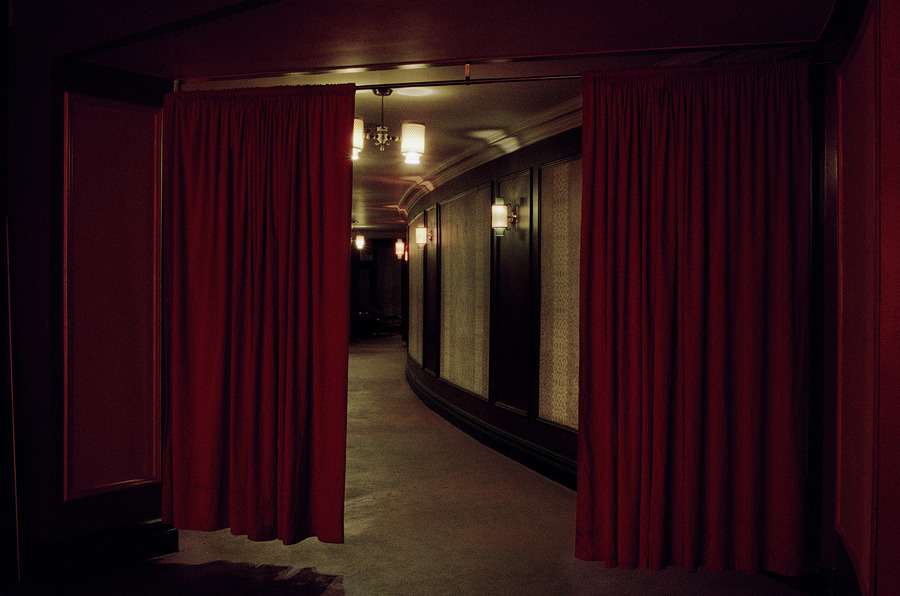 Red-Curtains-the-Orpheum-Madison-WI.jpg
