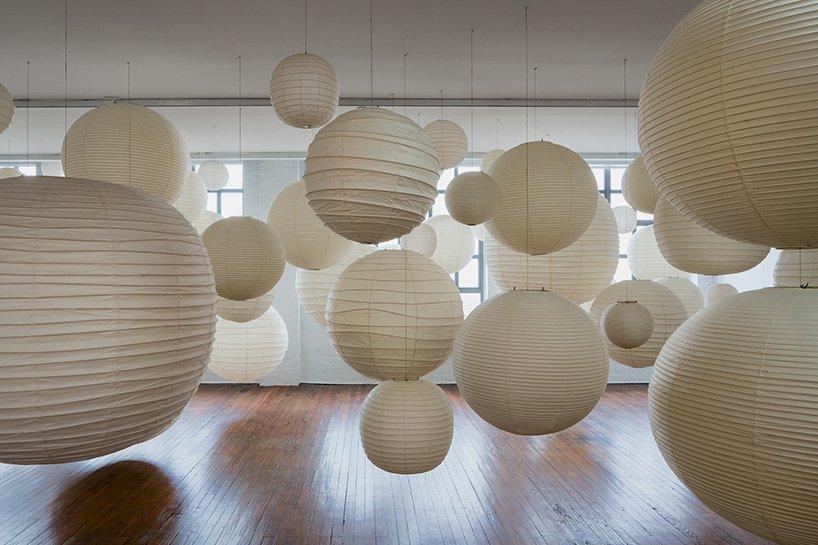 akari-noguchi-museum-lamps-designboom-01.jpg