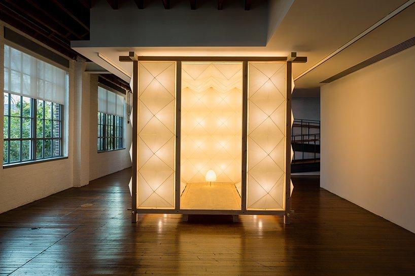 akari-noguchi-museum-lamps-designboom-08.jpg