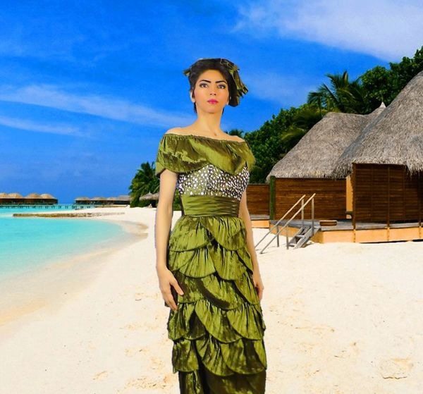 photoshopped-picture-of-nasim-aghdam-at-a-beach-po.jpe