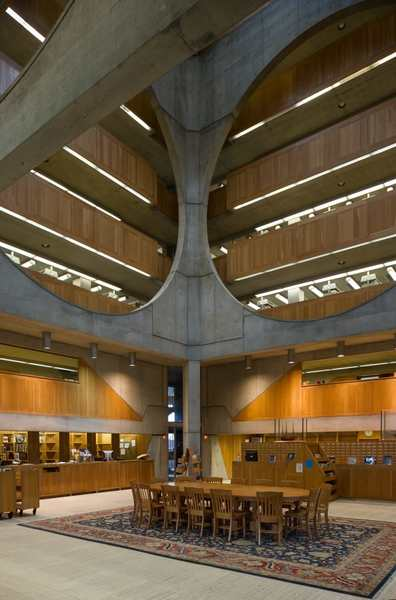 louis-i-kahn-xavier-de-jaureguiberry-library-at-phillips-exeter-academy.jpg
