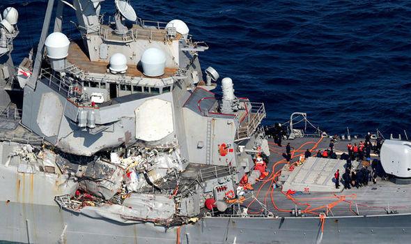 USS-Fitzgerald-818382.jpg