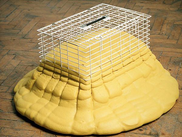 sculpture-cat-basket.jpg