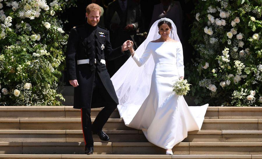 markle-harry-wedding-e1526742062241.jpg?quality=80-strip=all-w=3200