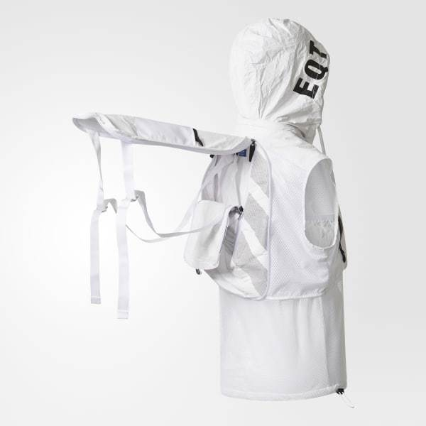 eqt_two-in-one_vest___backpack_white_br4958_41_detail.jpg