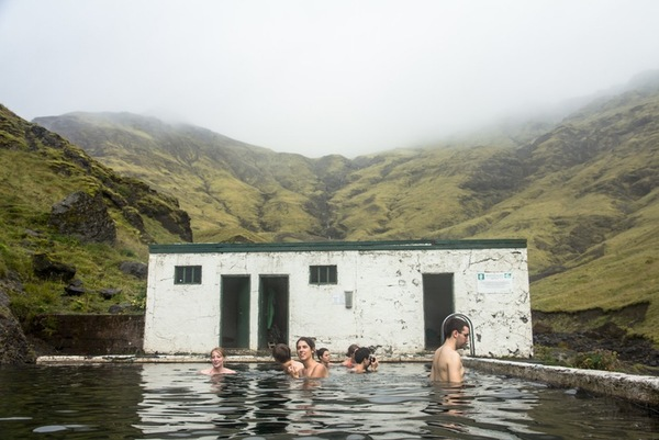 the-forgotten-swimming-pool-in-a-hidden-valley-iceland-my-way-seljavallalaug_hidden-pool_pool_above-ground-pool-designs-with...