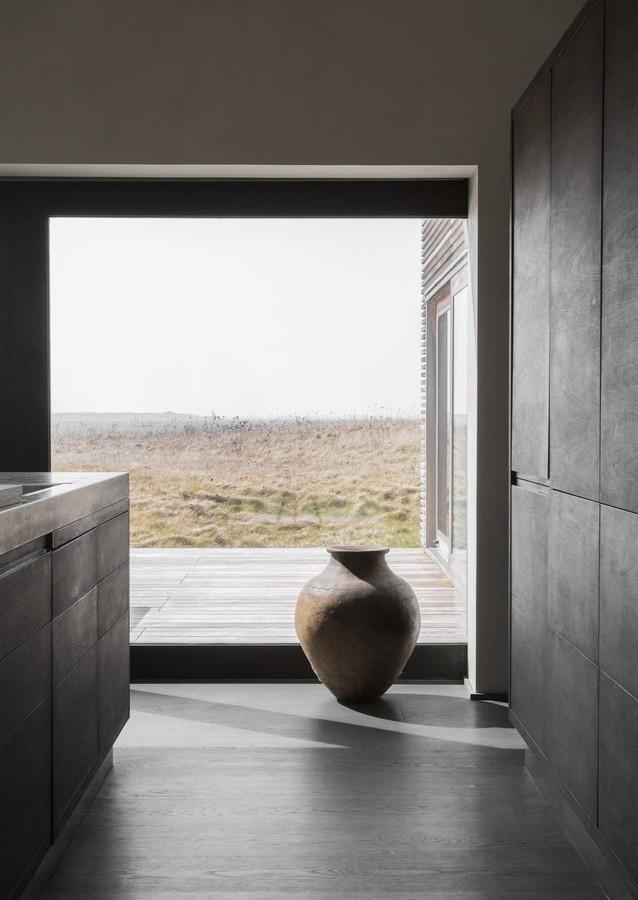 norm_architects_seaside_abode_15.jpg