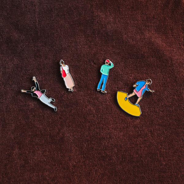 4-pins-brown-velour.jpg
