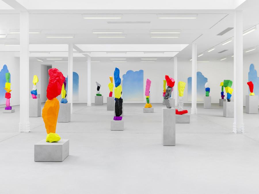 https://www.sadiecoles.com/exhibitions/178/installation_shots/