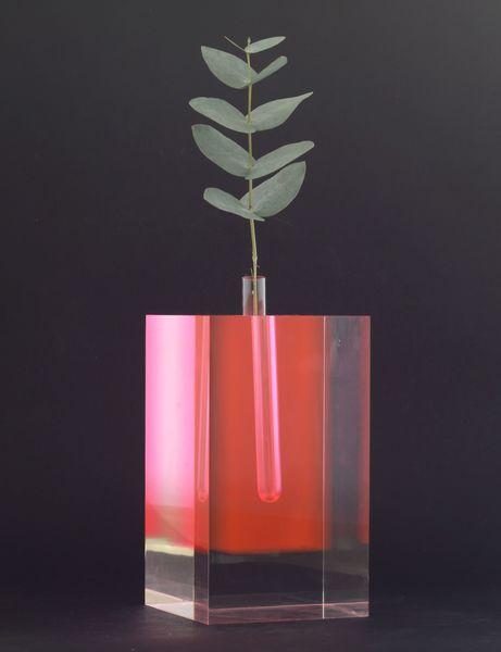 Shiro Kuramata - Acrylic Flower Vase