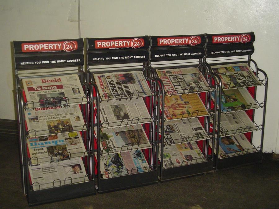 Newspaper-Stand.jpg