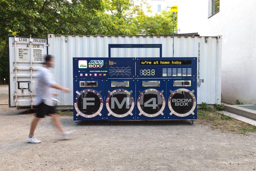 Radio FM4 Boom Box