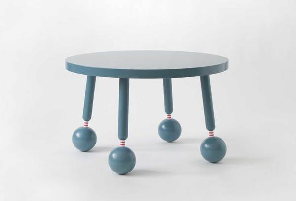 swedish-ninga_my-socks-table_01.jpg