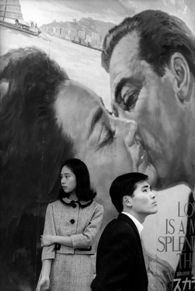 Henri Cartier-Bresson - Hibiya district, Tokyo, Japan, 1965.