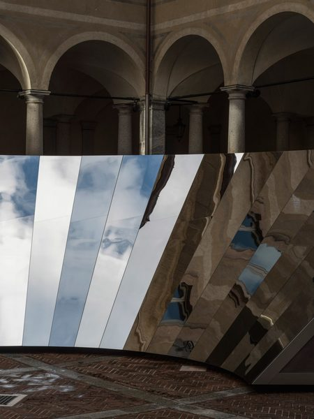 ignant-design-phillip-k-smith-cos-open-sky-03-1440x1920.jpg