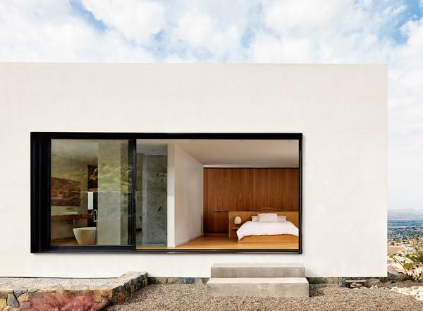 franklin-mountain-house-hazelbaker-rush-el-paso-texas-house-stone-desert0a_dezeen_2364_col_2-1.jpg