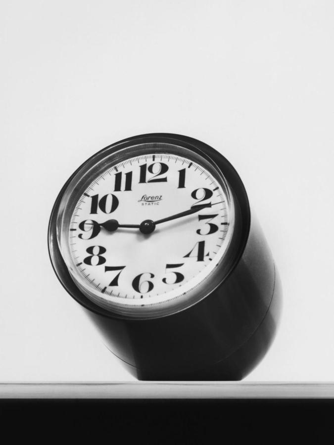 Static table clock for Lorenz Milano by Richard Sapper