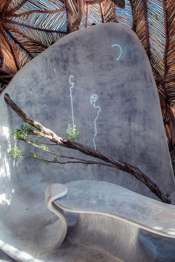 f10_ik_lab_gallery_tulum_yucatan_peninsula_mexico_alignments_installation_view_yatzer.jpg