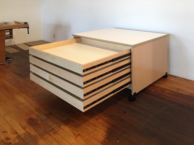 art-storage-drawers1273_650.jpg