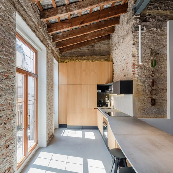 apartment-musico-iturbi-roberto-di-donato-interiors-residential-valencia-spain-storage_dezeen_2364_col_0-1704x1704.jpg