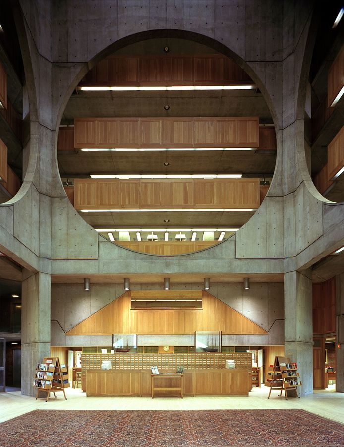 Louis Kahn. Phillips Exeter Academy Library. Exeter, New Hampshire. 1972.