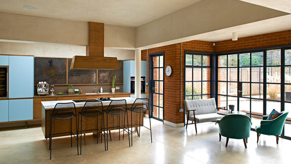 walm-lane-simon-mottram-house-interiors_dezeen_2364_hero-1.jpg