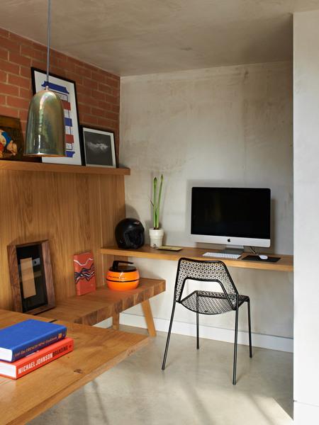 walm-lane-simon-mottram-house-interiors_dezeen_2364_col_3.jpg