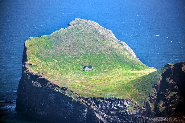 ellidaey-island-iceland.jpg