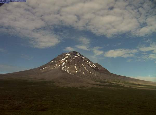 https://avo.alaska.edu/webcam/Augustine_-_island.php
