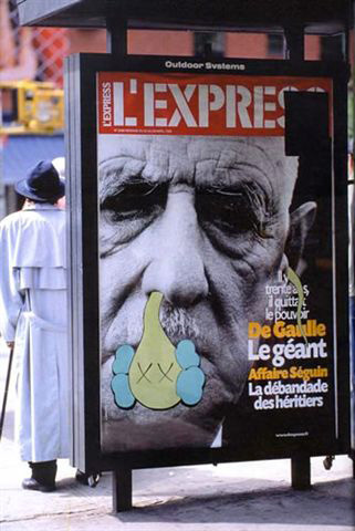 kaws-graffiti-bendy-advertising-paris-lexpress-journal-web.jpg