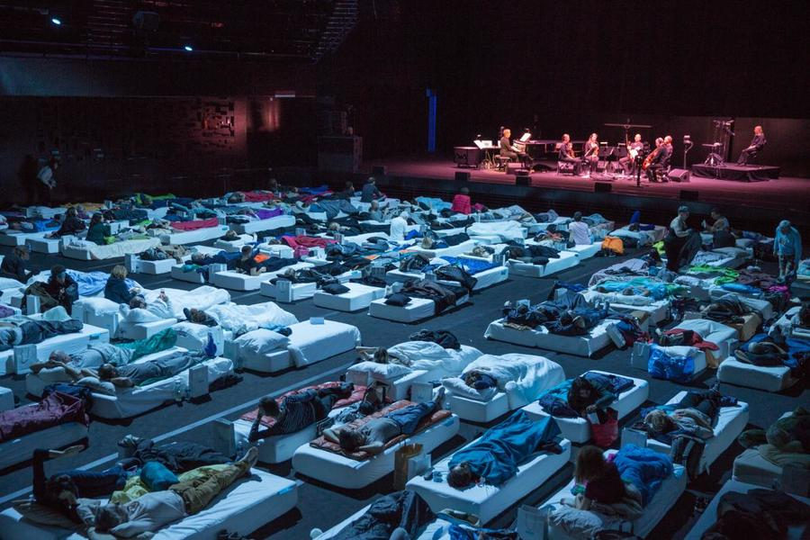 sleep-max-ricther-concert-beds-philharmonie-de-paris-eight-hour-post-minimalism.adapt.1190.1.jpg