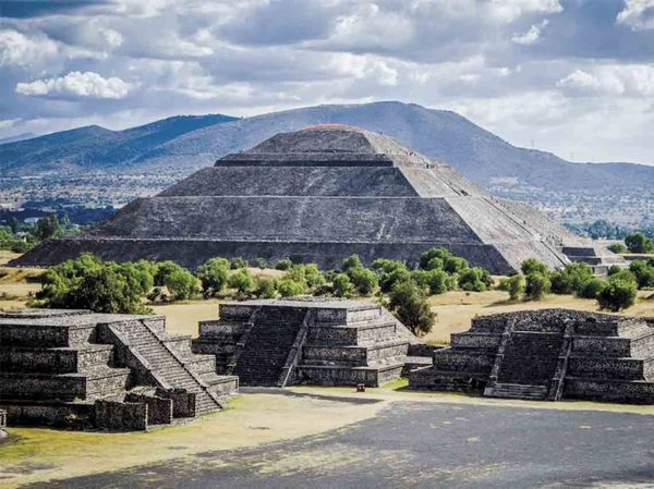 I want to learn more about Pre-Columbian America. I think there is a great epic TV series that would write itself in the stories of those empires and the rapid subjugation by the European colonisers
