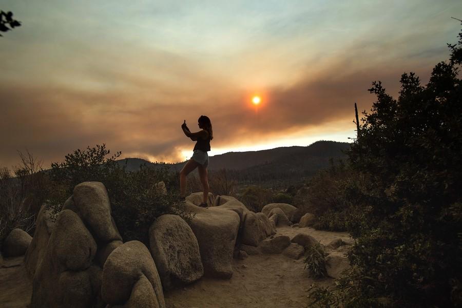 aptopix-california-wildfires-ap18206122902583-noah-berger-ap.jpg