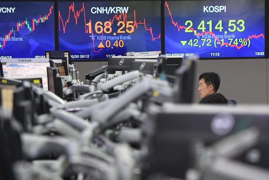 skorea-stocks-000-15g8ef-jung-yeon-je-afp.jpg