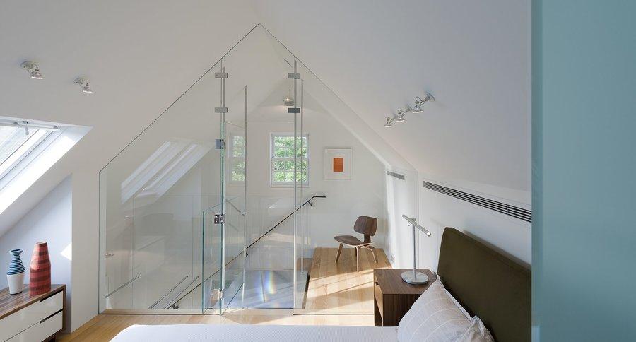 copenhagen-nightstand-and-brazo-table-lamp-in-bedroom-of-delaware-renovation-by-robert-m-gurney-architect.jpg