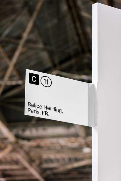 untitled-art-museum-branding-exhibition-brand-identity-graphic-design-mindsparkle-mag-6.jpeg