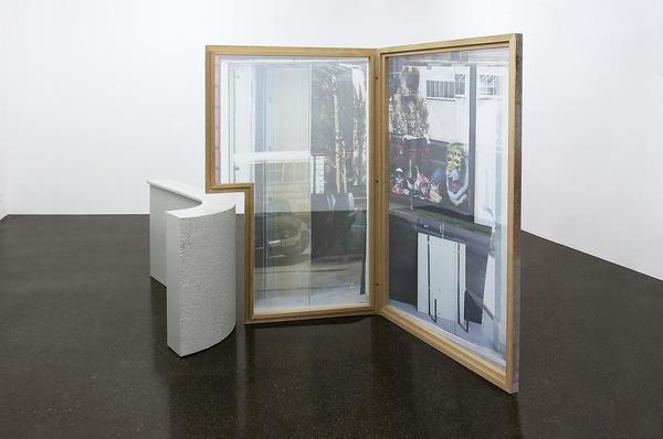 Sabine HORNIG  Stillleben am Fenster / Still Life by the Window  2010