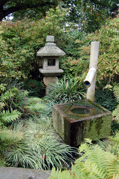 water_feature_in_the_japanese_garden_at_kew_gardens_-3998243316-.jpg