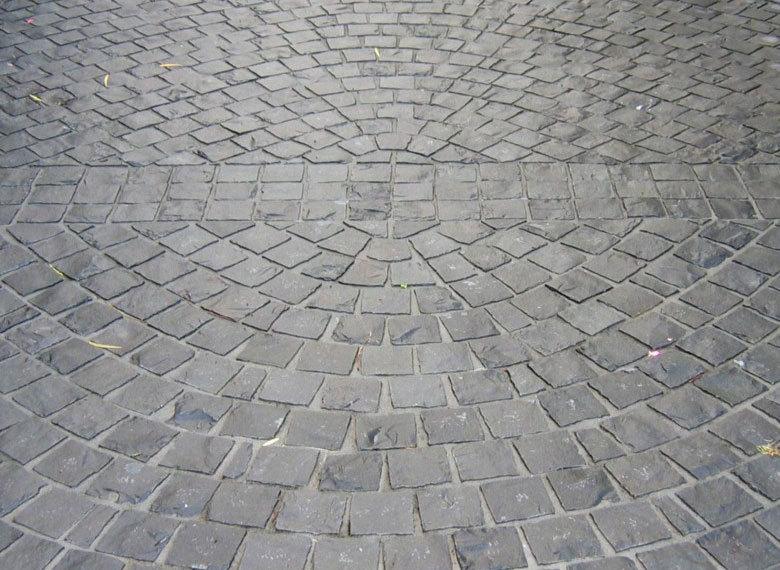 9_basalt_cobbles.jpg