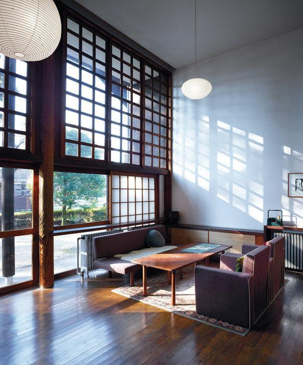 08tmag-corbusier-slide-3o7g-articlelarge.jpg?quality=75-auto=webp-disable=upscale
