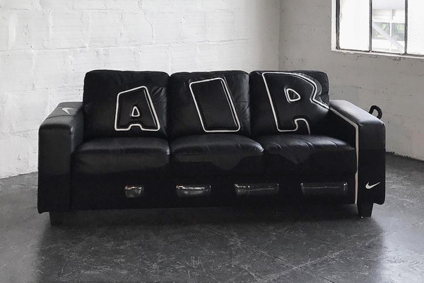 nike-air-more-uptempo-couch-01.jpg?q=90-w=2800-cbr=1-fit=max
