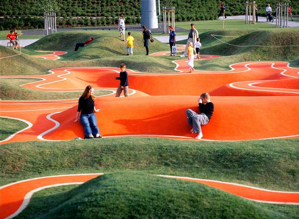 2005.  Munich, Germany.  Rainer Schmidt Landschaftsarchitekten.