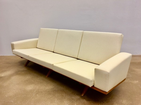reupholstered-sofa-by-georg-thams-for-as-vejen-m-belfabrik-1960s.jpg