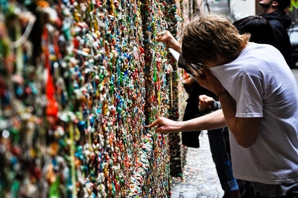 gum-wall-california-2-255b7-255d.jpg?imgmax=800