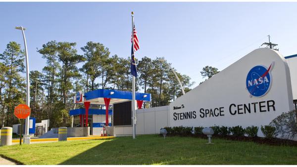 stennis-space-center-gate_1495645633109_21962339_ver1.0_1280_720.jpg