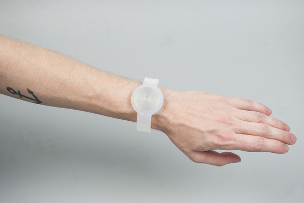 loop-watch-hans-van-sinderen-01.jpg