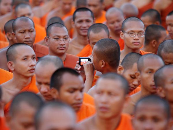 A-Cambodian-Buddhist-monk-008.jpg