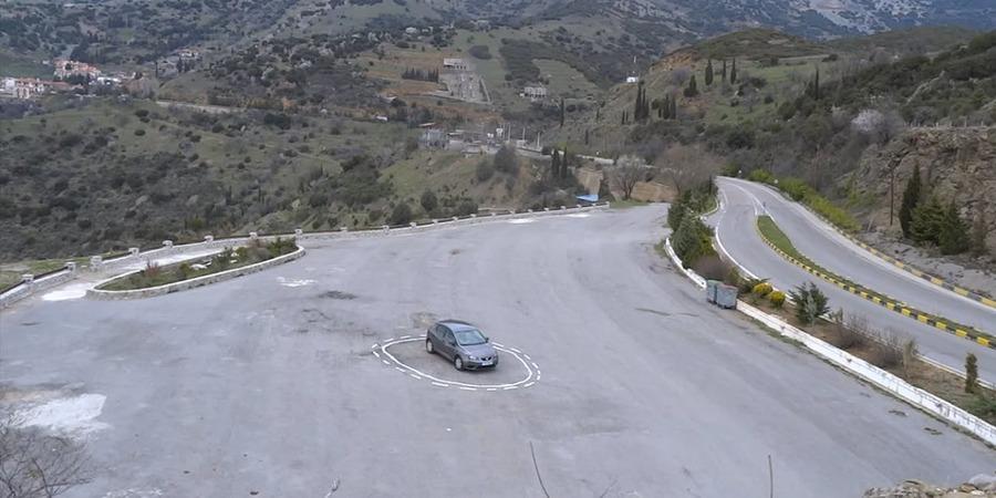 james-bridle-self-driving-car-magic-circle.png?rect=0-174-1332-666-dpr=2-auto=format-compress-w=650
