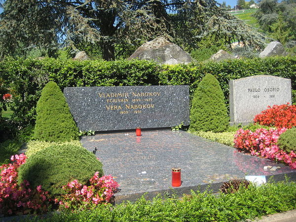 800px-nabokov-s_grave.jpg