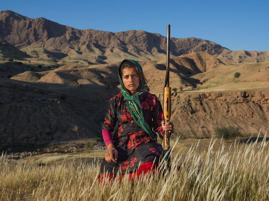 iran-nomads-fading-away-modern-life-1.ngsversion.1538599587791.adapt.1900.1.jpg